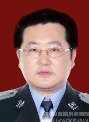 专家委员 鲍逸明