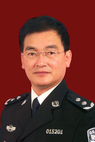 副主任委員羅俊儀